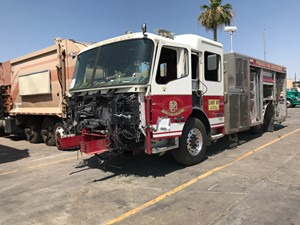 American La France Eagle Fire Pumper Truck - Salvage SV-1486