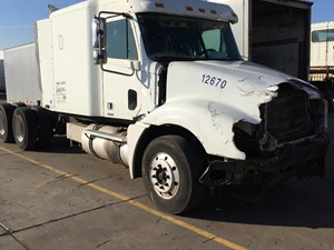 Freightliner Columbia CL120 - Salvage SV-986