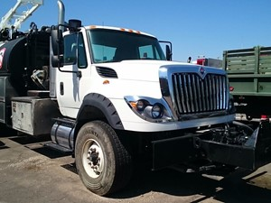 International 7600 - Complete SV-410