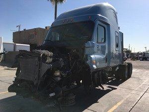 Freightliner Cascadia 125 - Salvage SV-1816