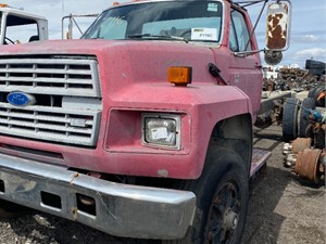 Ford F800 - Salvage ETP1012