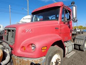 Freightliner FL112 - Salvage H167