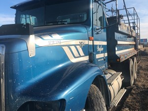 International 9200 - Salvage ETP738