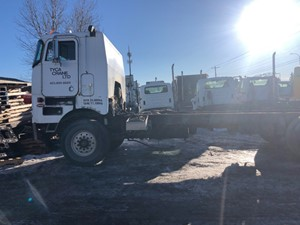 Peterbilt 362 - Salvage ETP922