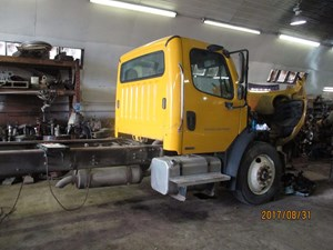 Freightliner M2 106 - Complete H391