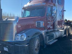 Freightliner CORONADO 132 - Salvage ETP1025