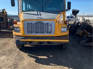 Freightliner FS65 Chassis - Salvage ETP960