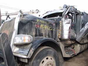 Peterbilt 389 - Salvage H346