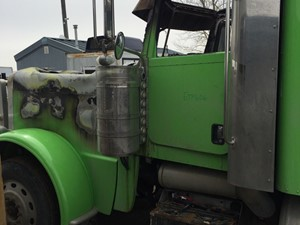 Salvage Heavy Duty Peterbilt 389 Trucks | TPI