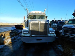 Western Star 4900 FA - Salvage ETP560