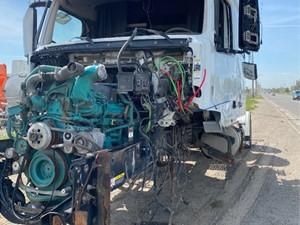 Volvo VNL - Salvage ETP1042