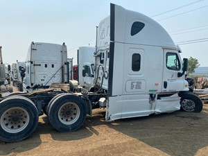 Freightliner Cascadia 125 - Salvage ETP1071