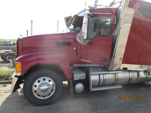 Salvage Heavy Duty Mack Trucks | TPI