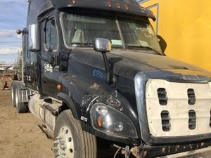 Freightliner Cascadia 125 - Salvage ETP867