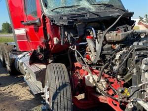 International LT625 - Salvage ETP1057