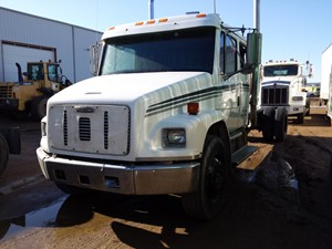 Freightliner FL80 - Complete 18023