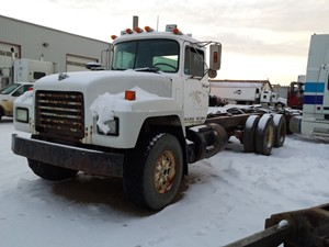 Mack RD688S - Complete 17013