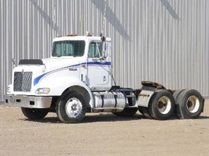 International 9200 - Salvage 16046