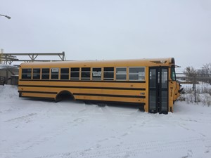 International 3800 SCHOOL BUS - Salvage 19009