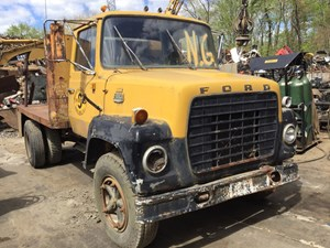 Ford L800 - Salvage T-SALVAGE-1261