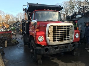 Ford LN9000 - Salvage T-SALVAGE-2025