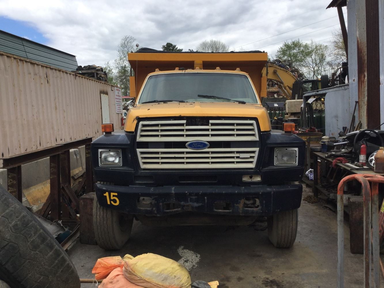 1988 Ford F800