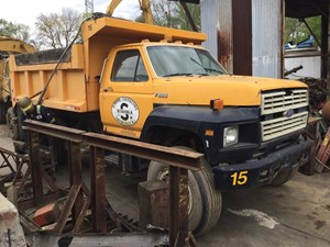 Ford F800 - Salvage T-SALVAGE-1259