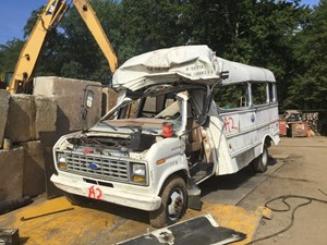 Ford Econoline - Salvage T-SALVAGE-1332