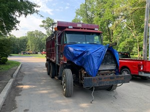 Autocar ACL64 - Salvage T-SALVAGE-2398