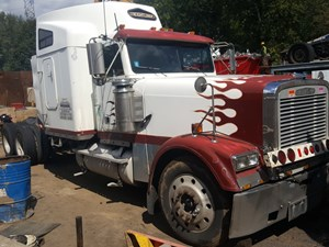 Freightliner CLASSIC XL - Salvage T-SALVAGE-1357