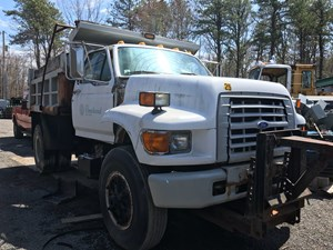 Ford F800 - Salvage T-SALVAGE-1577