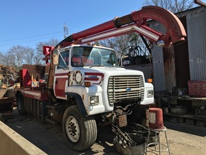 Ford LN8000 - Salvage T-SALVAGE-1834