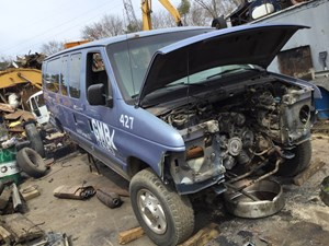 Ford E-350 Wagon - Salvage T-SALVAGE-1246