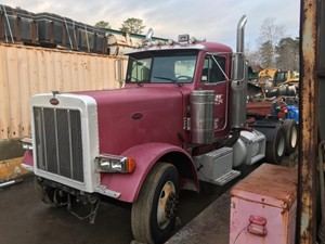 Peterbilt 379 - Salvage T-SALVAGE-2245