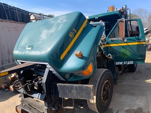 Ford F800 - Salvage T-SALVAGE-2235
