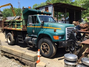 Ford F800 - Salvage T-SALVAGE-2100
