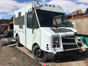 GMC STEP VAN - Salvage T-SALVAGE-1826