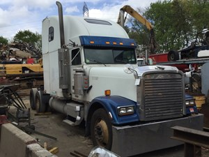 Freightliner CLASSIC XL - Salvage T-SALVAGE-1265