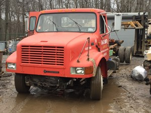 International 4700 LOW PROFILE - Salvage T-SALVAGE-1168