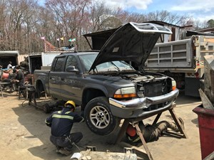 Dodge Dakota - Salvage T-SALVAGE-1838