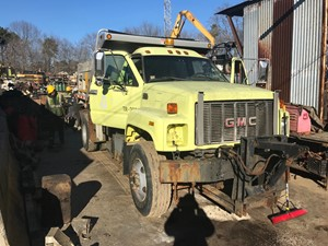 GMC C7500 - Salvage T-SALVAGE-1752