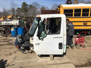 International 4400 - Salvage T-SALVAGE-2043