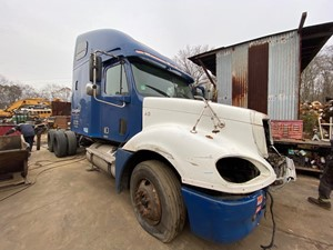 Freightliner COLUMBIA 120 - Salvage t-SALVAGE-1979