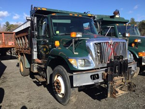International 7400 - Salvage T-SALVAGE-1449