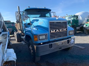 Mack CHN613 - Salvage T-SALVAGE-2023