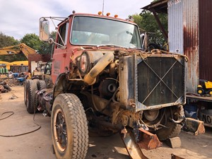 Ford LTS9000 - Salvage T-SALVAGE-1942