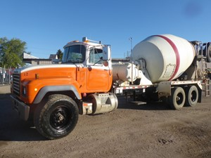 Mack RD690S - Complete 9794